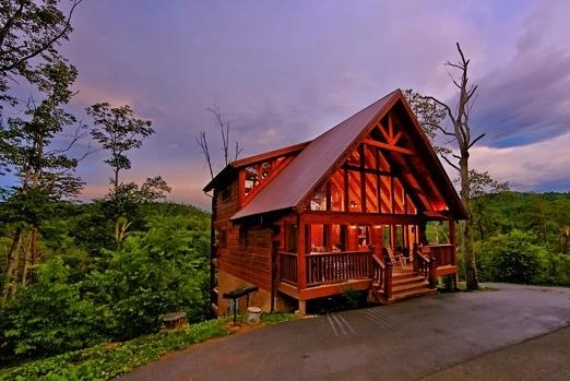 Exterior Front View - Dusk - MOUNTAIN MEMORIES:Awesome 3/3 & half Luxury Cabin! - Sevierville - rentals