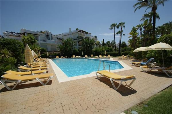 Holiday house for 6 persons, with swimming pool , near the beach in Marbella - Image 1 - San Pedro de Alcantara - rentals