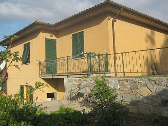 the house - Casa Mimosa Flat  in the countryside, terrace, beautiful view on the bay, beach 500 meters - Procchio - rentals