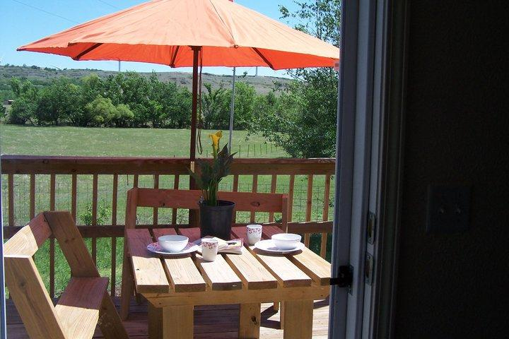 Back Deck - Hope. Close to Wichita Mountains and Fort Sill! - Meers - rentals