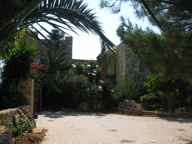 Main entrance of Villa with open large drive way and parking. - Private Estate, Villa with Pool, fully staffed. - Chania - rentals