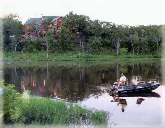 Luxury Lodge on Private Lake - Secluded, Luxury Retreat on a Private Lake - Konawa - rentals