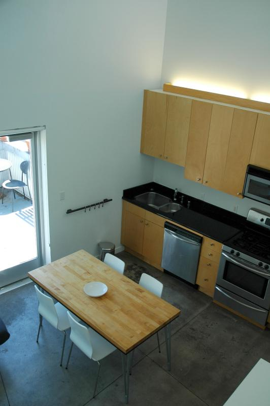View of Kitchen from the loft - Dramatic Soma Penthouse View Loft - San Francisco - rentals