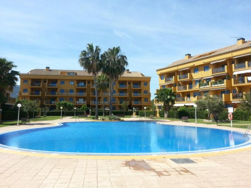 Apartament in Denia. 2 bedrooms, 2 bathrooms,4 PAX - Image 1 - Denia - rentals