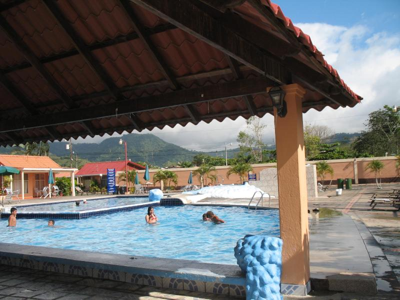 Pool area - Functional Condo in Jaco, one block from the beach - Monteverde - rentals