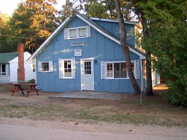 4 Bedroom Cottage for rent in Sauble Beach (P.H) - Image 1 - Sauble Beach - rentals