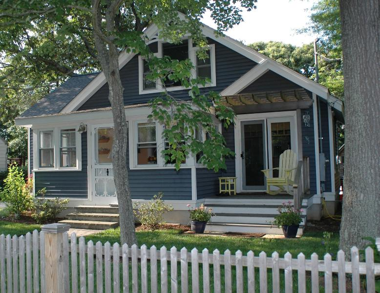 Front of Cottage - Willow Cottage By the Bay - July 13 - 20th! - North Cape May - rentals