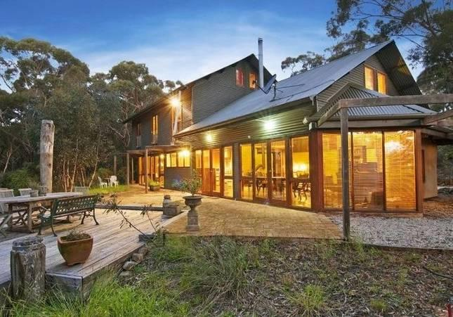 Secluded acre bordering Blue Mountains National Park - The Last Straw - 4 bedroom house in Katoomba - Katoomba - rentals