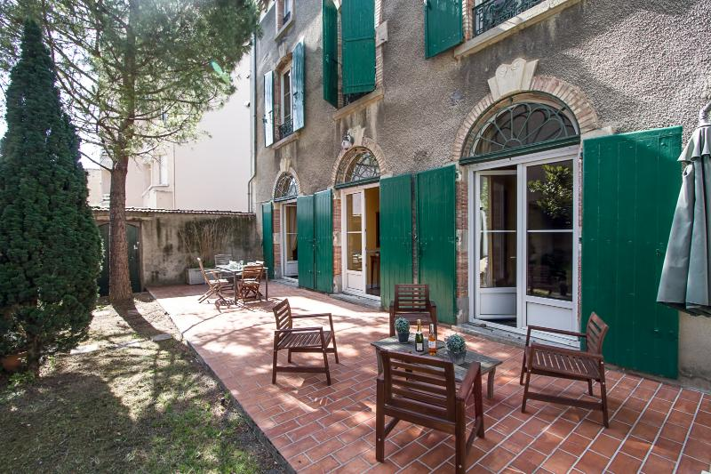 Maison Juliette: 4 bedroom luxury stone house from 1860s in center Carcassonne - Maison Juliette: luxury 4BR in Carcassonne center - Carcassonne - rentals