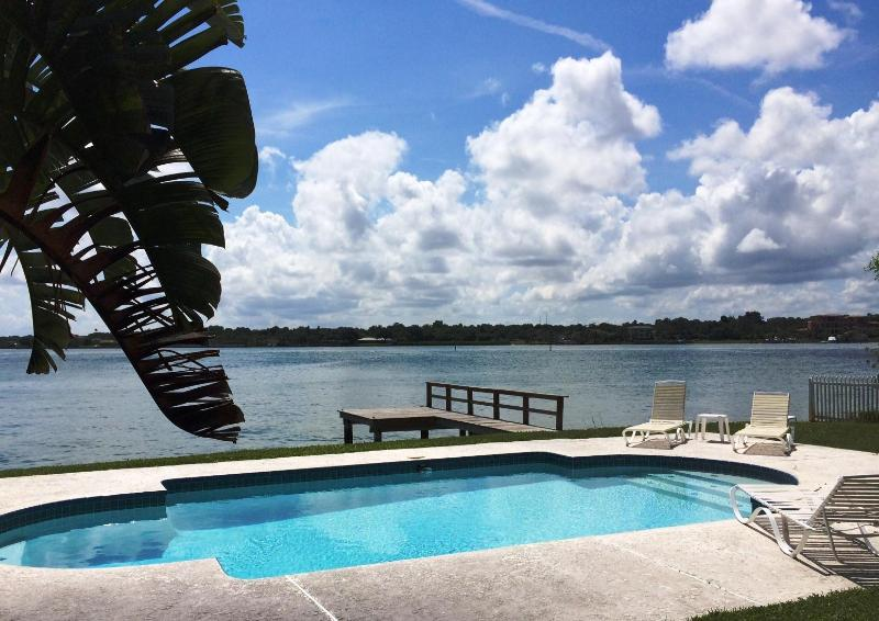 33% OFF - IDYLLIC WATERFRONT House & PRIVATE POOL - Image 1 - Indian Rocks Beach - rentals