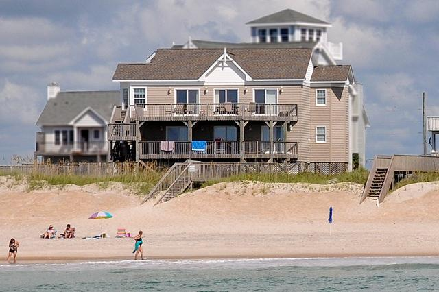 I'm on a boat! - S. Permuda Wynd 139 Oceanfront!   Community Pool - North Topsail Beach - rentals