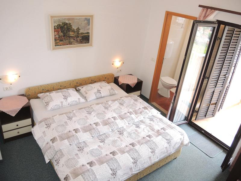 Double Room with Balcony and Sea View - Image 1 - Portoroz - rentals