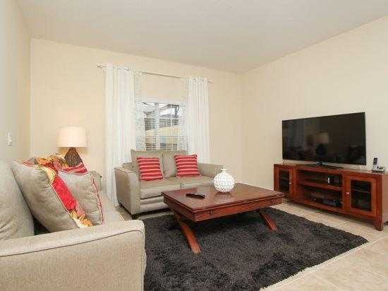4 Bedroom 3 Bathroom Nicely Furnished and Decorated. 8988CUBA - Image 1 - Orlando - rentals