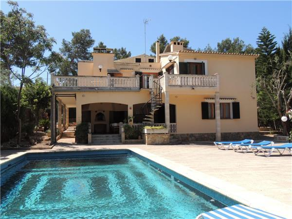 Attractive holiday house for 13 persons, with swimming pool , near the beach in Cala Blava - Image 1 - Cala Blava - rentals
