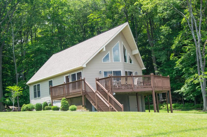 Everything you need for an EXCEPTIONAL vacation! - Image 1 - DuBois - rentals
