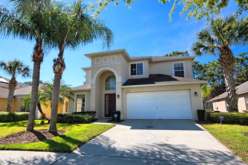 Front of Home - Any Closer to Disney and You'll Need a Park Pass!!  Rent Directly From the Owner, Not an Agency! - Kissimmee - rentals