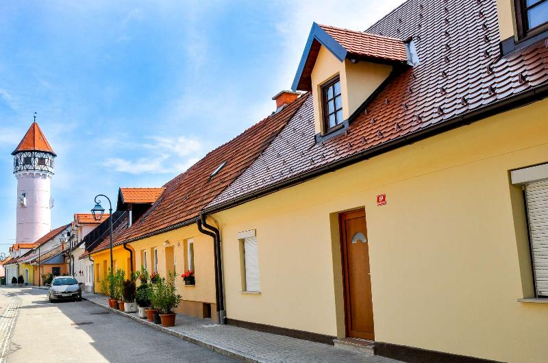 Outside of the apartment - Apartment Gasa - old city center of Brežice - Brezice - rentals