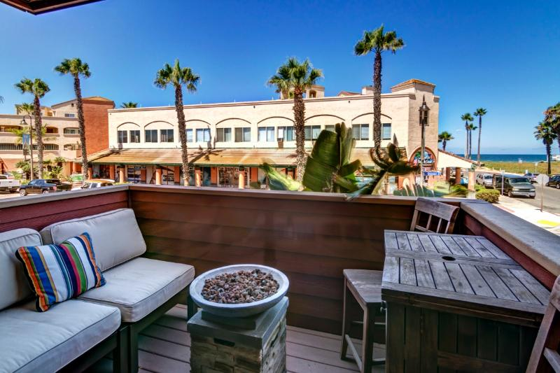 View from Living Room - Surf Passage: Ocean Views, Gourmet Kitchen & A Peaceful, Easy Feeling - Imperial Beach - rentals