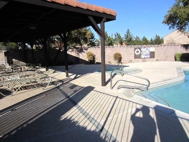 Communal Pool 2 - Elegant Vegas Rental Home in Gated Community - Las Vegas - rentals