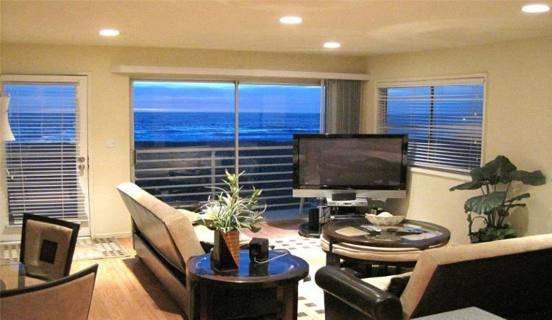 HBA Modern Beauty 3 - Oceanfront condo! See our available dates in August! - Image 1 - Hermosa Beach - rentals