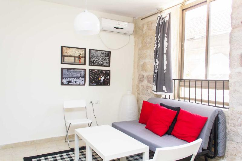 Great One Bedroom Near The Old CIty (KF) - Image 1 - Jerusalem - rentals