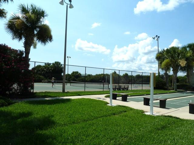 tennis and shuffleboard courts at rec center - Palm Coast  Oceanfront 2 bedroom Condominium - Palm Coast - rentals