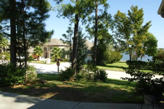 This is your view from the front doorway. - 3 bedroom, waterfront home in Walden on Lake Conroe - Montgomery - rentals
