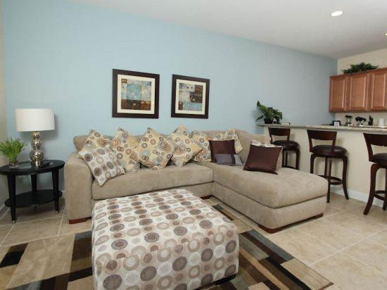 4 Bedroom 3 Bathroom Town Home is 5 miles from Disney. 3067BP - Image 1 - Orlando - rentals