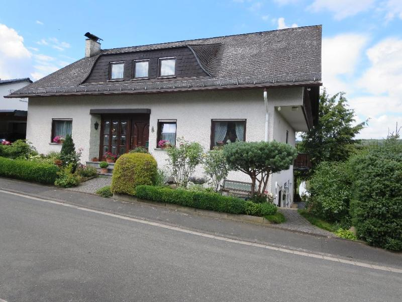 Vacation Apartment in Waldsolms - 969 sqft, quiet, private, central (# 3136) #3136 - Vacation Apartment in Waldsolms - 969 sqft, quiet, private, central (# 3136) - Hesse - rentals