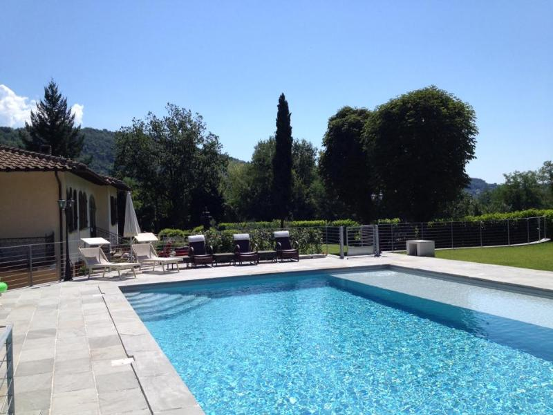 The Pool measures 8m x 12m - Beautiful Villa Adriano 15 min drive from Lucca ! - Lucca - rentals