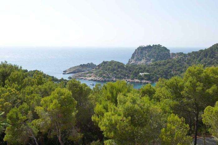 Ultra Modern Property with Pools, Stunning Sunsets & close to Cala Salada - Image 1 - Sant Antoni de Portmany - rentals