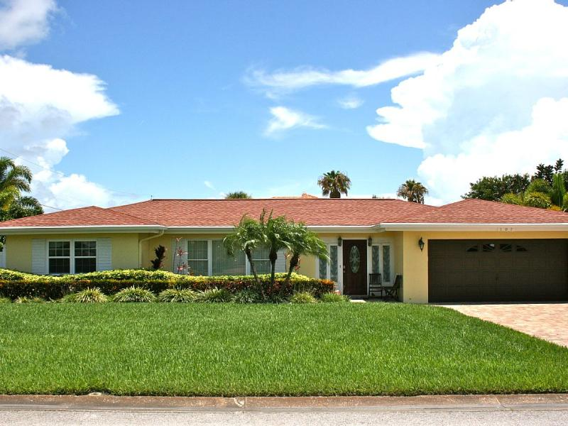 Incredible Pool House, Steps to the beach!! - Image 1 - Belleair Beach - rentals