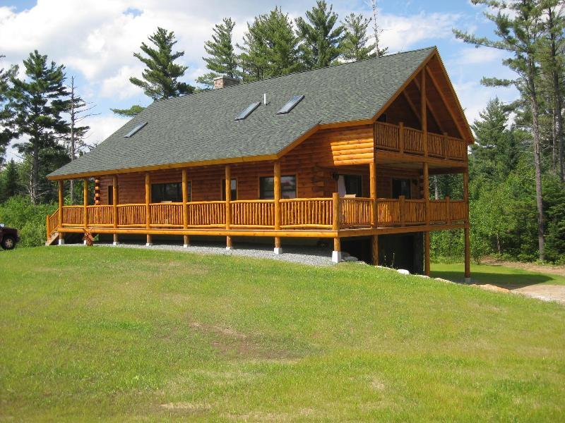New Custom Log Home Near Bretton Woods !!!!!!!!!!! - Image 1 - Twin Mountain - rentals