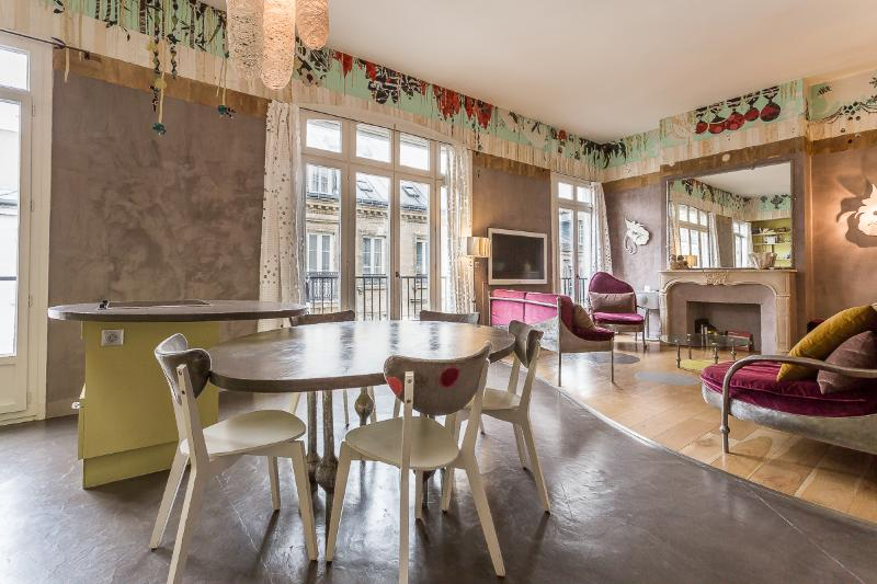 Fantasia- Creative and Custom designed home - Image 1 - 5th Arrondissement Panthéon - rentals