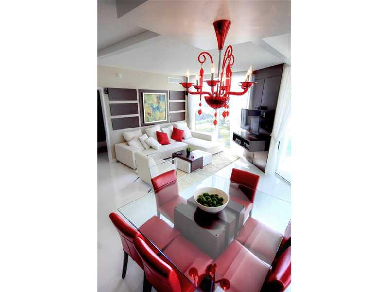Living Room - WATERFRONT LUXURY 3 BEDROOM IN SUNNY ISLES-5 STAR 18TH FLOOR - Miami - rentals