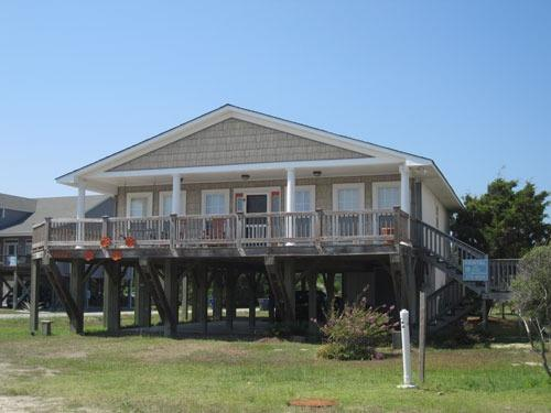 Beach Treat - Image 1 - Oak Island - rentals