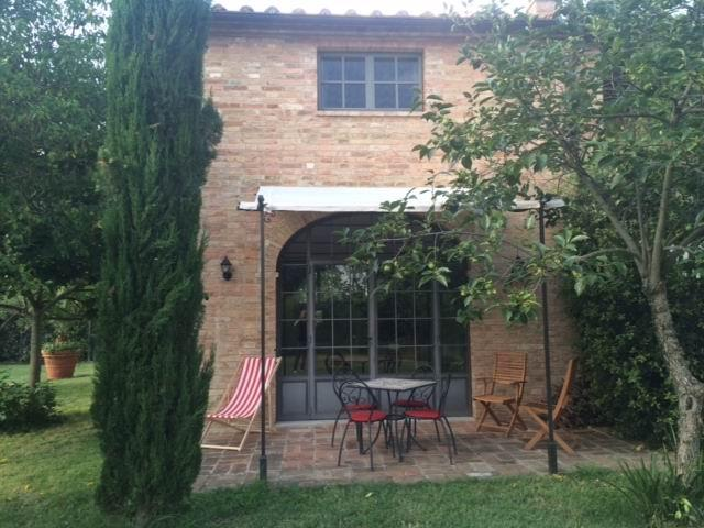 Private Patio off of Kitchen - Villa Ferranino Townhouses-Fra Angelico - San Giovanni d'Asso - rentals