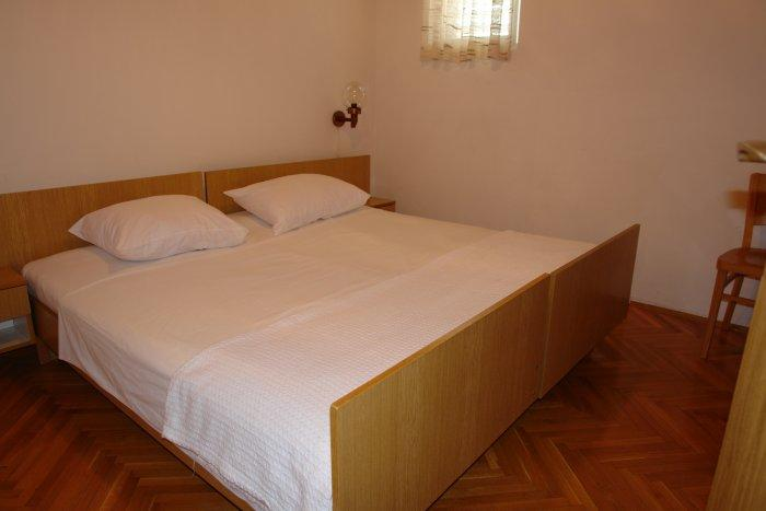 Apartment for 4 pax 30m from the beach in Novalja - Rade 1 - Image 1 - Novalja - rentals