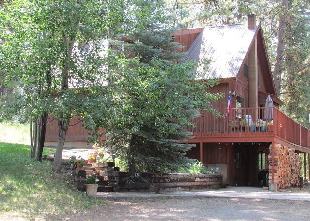 Large Family Style Home Close To McCall Surrounded By Pines - Image 1 - McCall - rentals