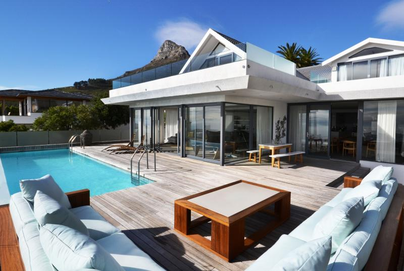 Scandinavian mansion at 2 Atholl Road Cape Town - Image 1 - Cape Town - rentals