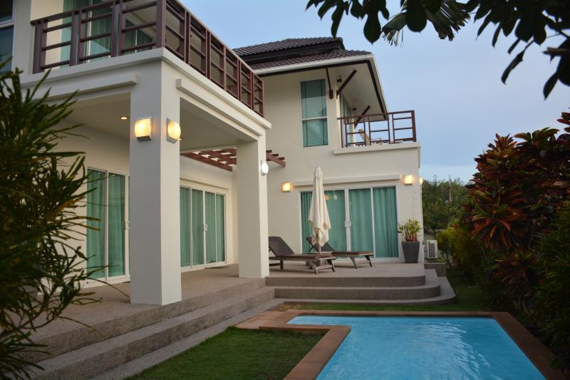Villa for rent with pool, sea view, Koh Lanta - Image 1 - Koh Lanta - rentals