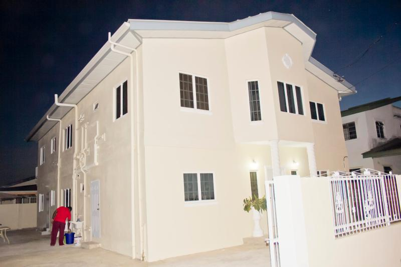 Outside Front View - Cheers!! Windy Suite - Tunapuna - rentals