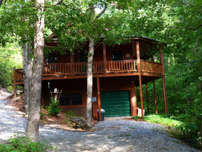 It will be YOUR HOME away from home - Escape to the BEAUTIFUL COOL MOUNTAINS in North Georgia - Blairsville - rentals