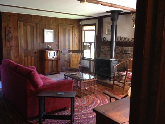 Charming 1819 Colonial w/ Barn - Image 1 - Chester - rentals