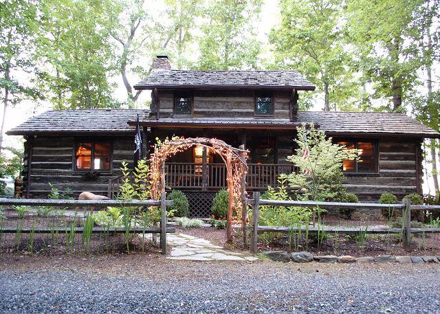 Antique Log Cabin - River and Mountain Views - Fire Pit - Hot Tub - Fenced - Image 1 - Fleetwood - rentals