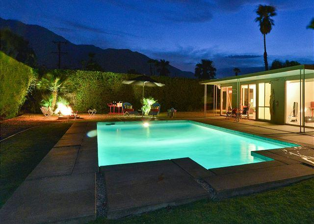 Desert Rendezvous ~ Iconic Mid-Century Modern Home ~ - Image 1 - Palm Springs - rentals