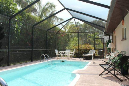 Sparkling Heated Pool - Isle del Sol is a Spacious and Private Pool home just a short walk to the Pier and Beach. -  Isle del Sol - Fort Myers Beach - rentals