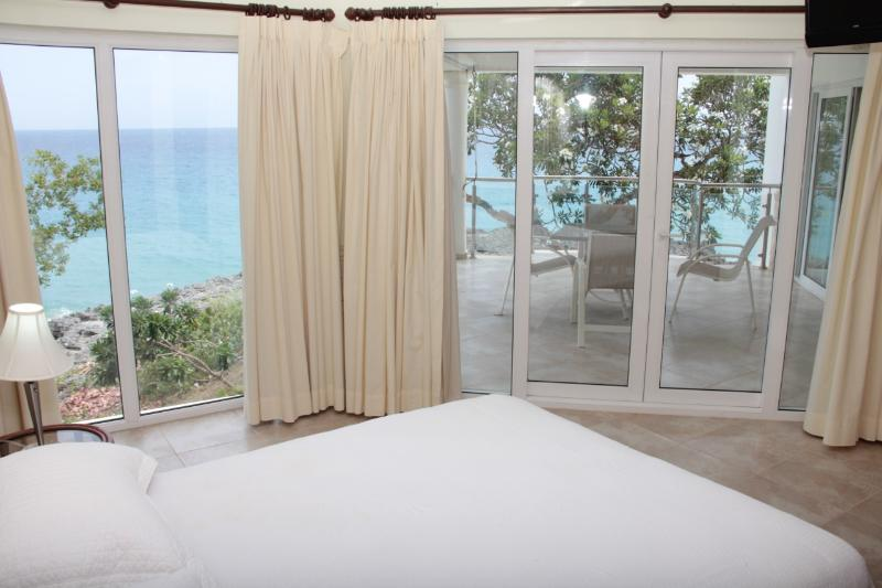 The master bedroom, with amazing sea views - Luxury beachfront condo with amazing sea views! - Sosua - rentals