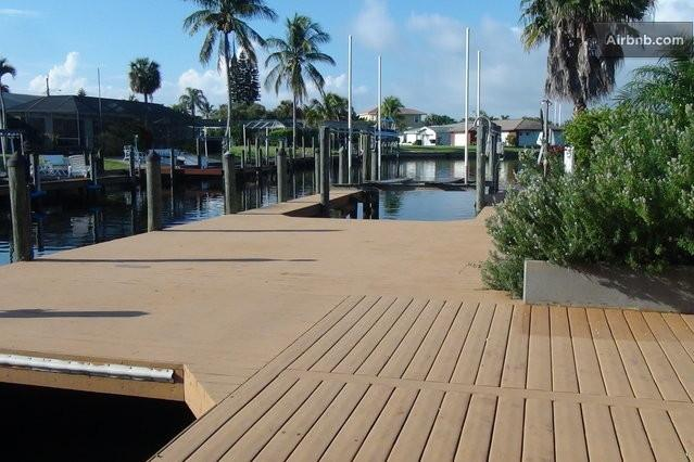 Oversized Deck with 2 boat lifts - SPECIALS! Gulf Access Private Pool Game Rm - Cape Coral - rentals