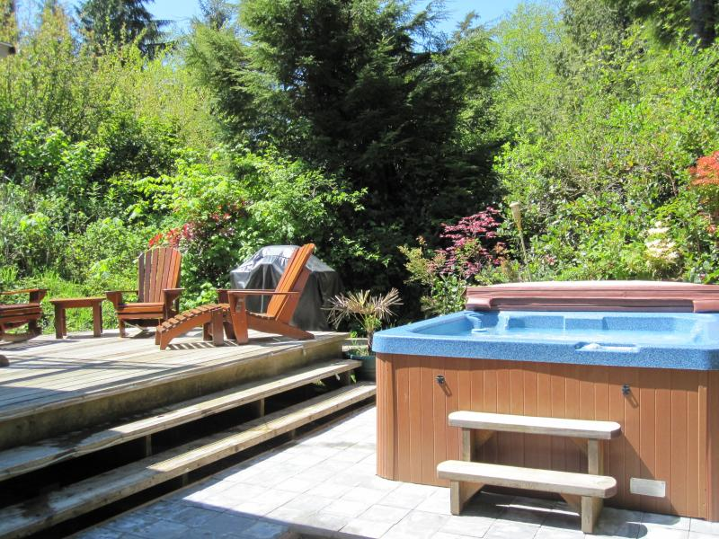Pacific Coast Retreats Cedar Shack Cabin Hottub - Image 1 - Tofino - rentals